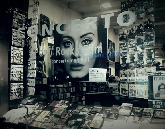 Adele, V&D, retail, concerto, marketing, doelgroep, platenzaak